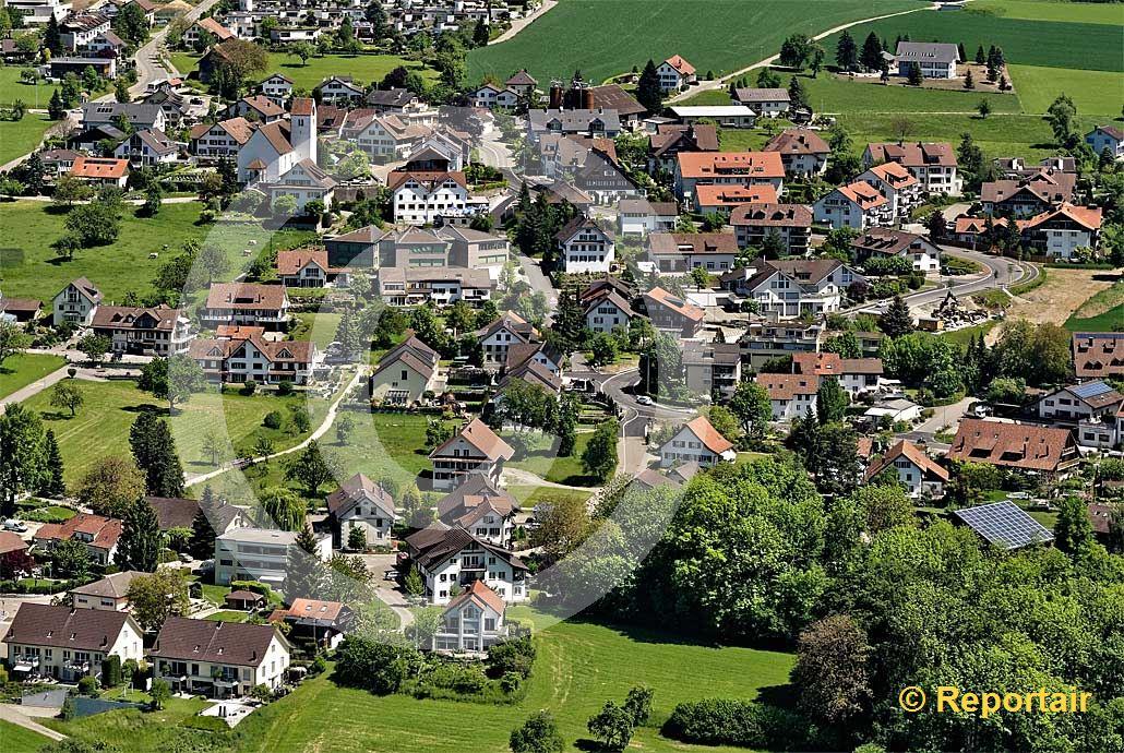 Foto: DIE Schweizer Gemeinde Oberwil-Lieli AG. (Luftaufnahme von Niklaus Wächter)