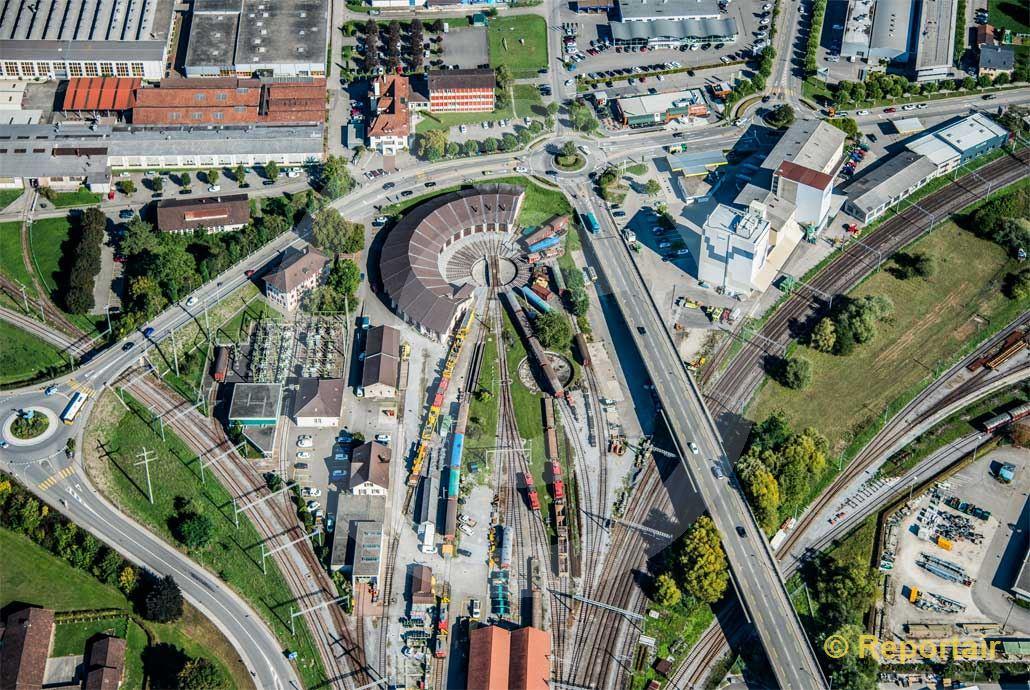 Foto: Abstellbahnhof in Delsberg JU. (Luftaufnahme von Niklaus Wächter)