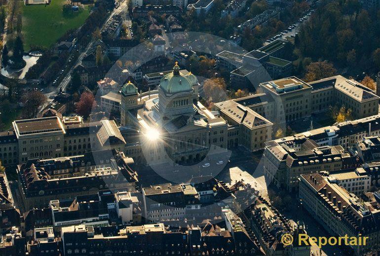 Foto: Geistesblitz aus dem Bundesbern. (Luftaufnahme von Niklaus Wächter)