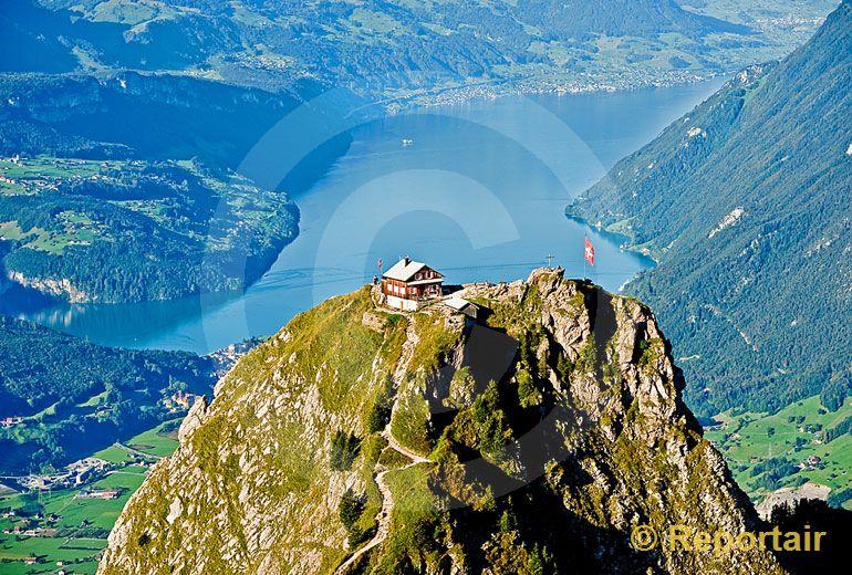 Foto: Die Schweiz. (Luftaufnahme von Niklaus Wächter)