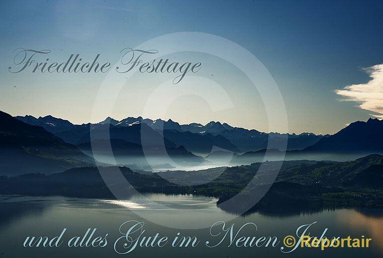 Foto: Festtagskarte Zugersee. (Luftaufnahme von Niklaus Wächter)