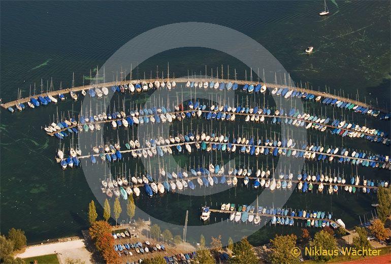 Foto: Segelbootshafen Tribschen in Luzern. (Luftaufnahme von Niklaus Wächter)