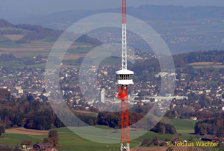 Foto: Radioturm von Beromuenster. (Luftaufnahme von Niklaus Wächter)