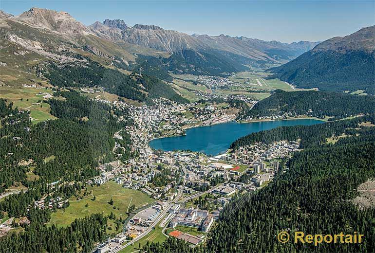 Foto: St.Moritz (GR).. (Luftaufnahme von Niklaus Wächter)