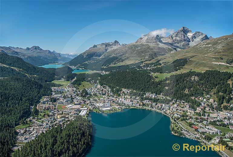 Foto: St.Moritz-Bad mit dem Silvaplanasee im Hintergrund (GR).. (Luftaufnahme von Niklaus Wächter)
