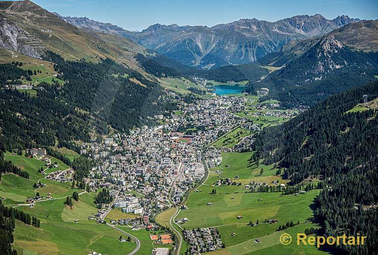 Foto: Davos (GR).. (Luftaufnahme von Niklaus Wächter)