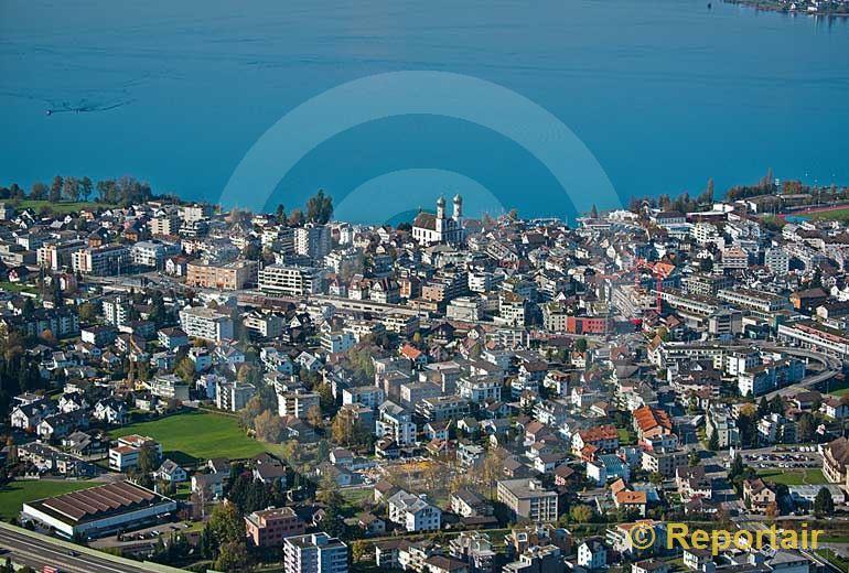 Foto: Lachen (SZ) am Zürichsee... (Luftaufnahme von Niklaus Wächter)
