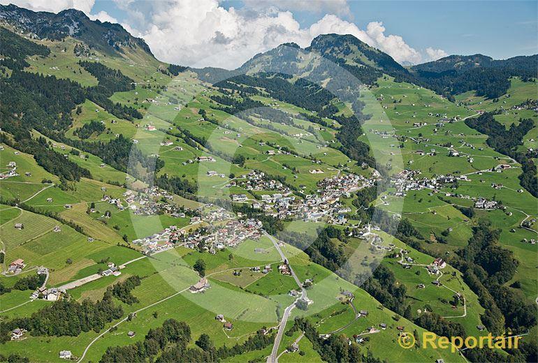 Foto: Amden SG. (Luftaufnahme von Niklaus Wächter)