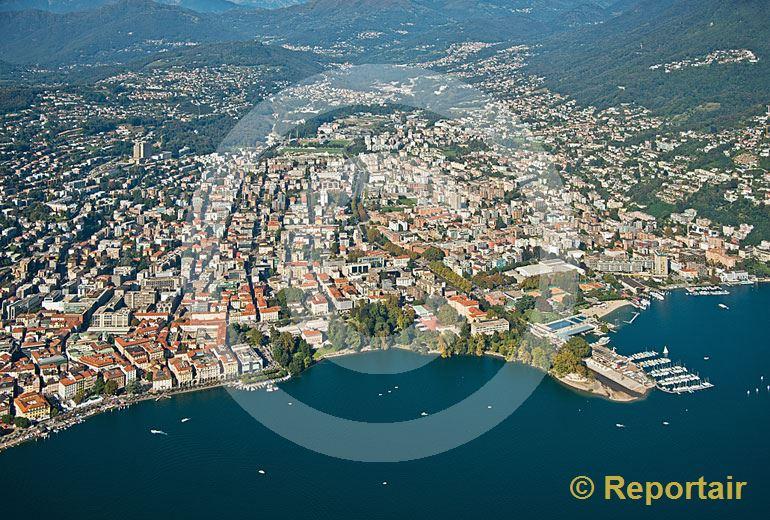 Foto: Lugano (TI). (Luftaufnahme von Niklaus Wächter)