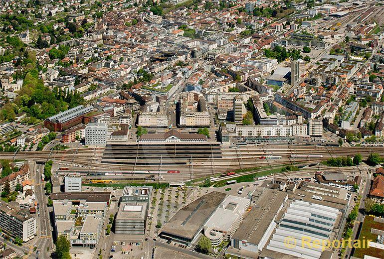 Foto: Biel Zentrum.. (Luftaufnahme von Niklaus Wächter)