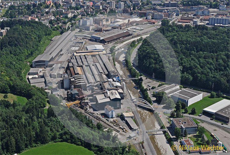 Foto: Swiss Steel AG in Emmenbrücke  LU. (Luftaufnahme von Niklaus Wächter)