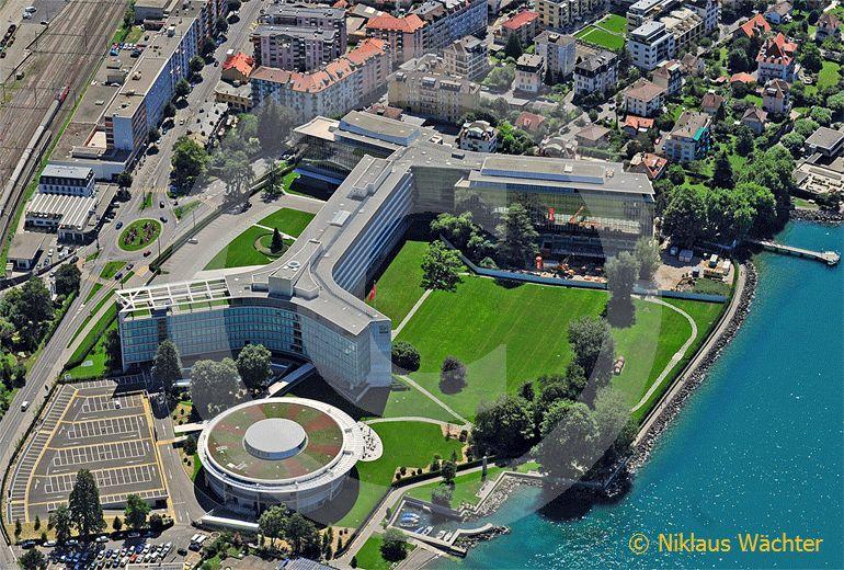 Foto: Hauptsitz der Nestle Suisse S.A. in Vevey VD. (Luftaufnahme von Niklaus Wächter)