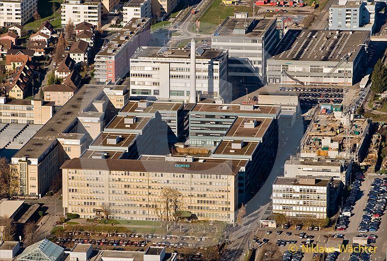 Foto: Hauptsitz der Siemens Schweiz AG Building Technologies Group International in Zug. (Luftaufnahme von Niklaus Wächter)