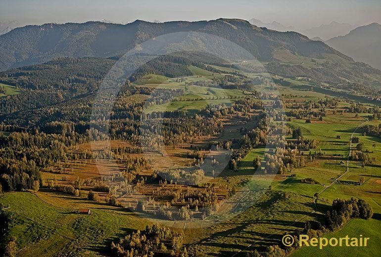 Foto: Hochmoor auf dem Zugerberg. (Luftaufnahme von Niklaus Wächter)