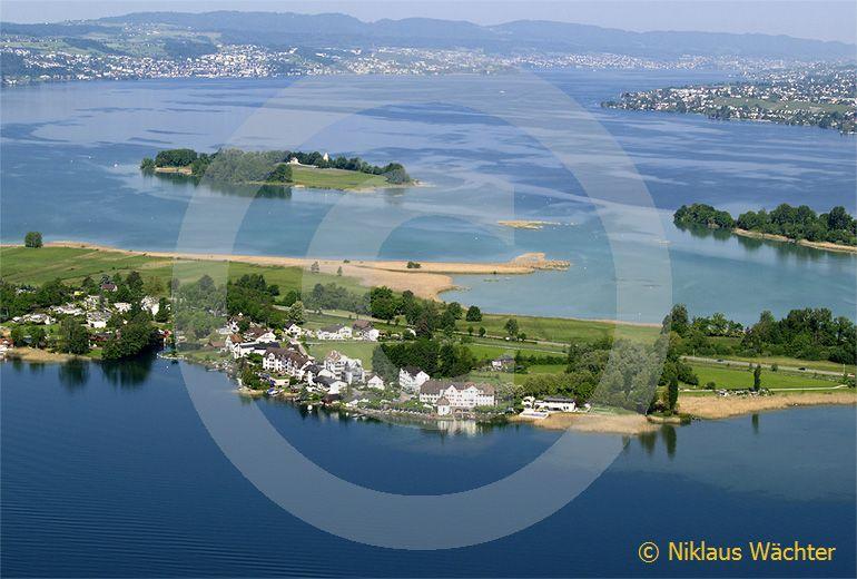 Foto: Hurden am Zuerichsee. (Luftaufnahme von Niklaus Wächter)