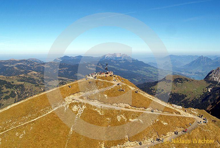 Foto: Das Brienzer Rothorn. (Luftaufnahme von Niklaus Wächter)
