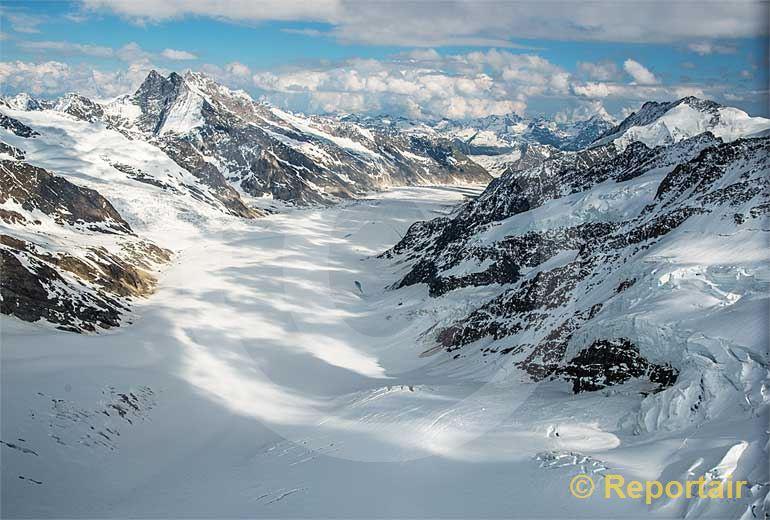 Foto: Aletschgletscher.. (Luftaufnahme von Niklaus Wächter)