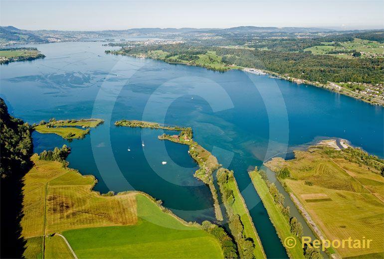 Foto: Am Obersee bei Schmerikon SG . (Luftaufnahme von Niklaus Wächter)