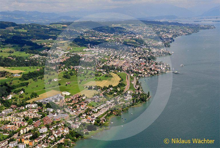 Foto: Die Zürcher Goldküste bei Meilen ZH. (Luftaufnahme von Niklaus Wächter)