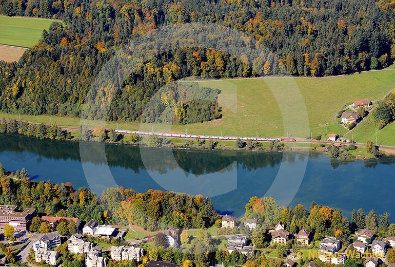 Foto: Rotsee an der Stadtgrenze Luzern Ebikon. (Luftaufnahme von Niklaus Wächter)