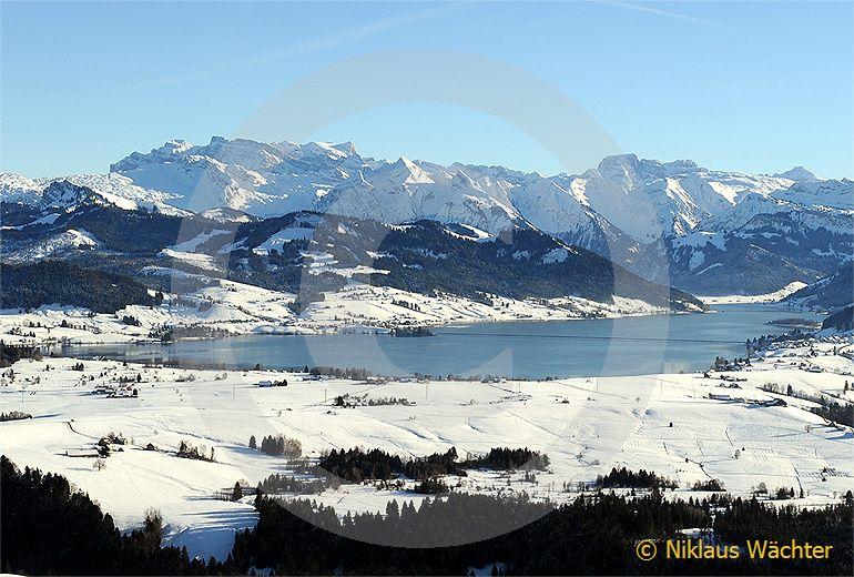 Foto: Der Sihlsee bei Einsiedeln. (Luftaufnahme von Niklaus Wächter)