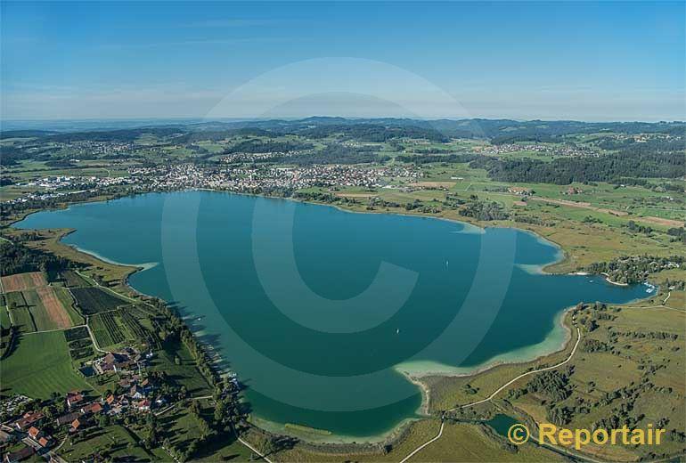 Foto: Der Pfäffikersee im Zürcher Oberland (ZH).. (Luftaufnahme von Niklaus Wächter)