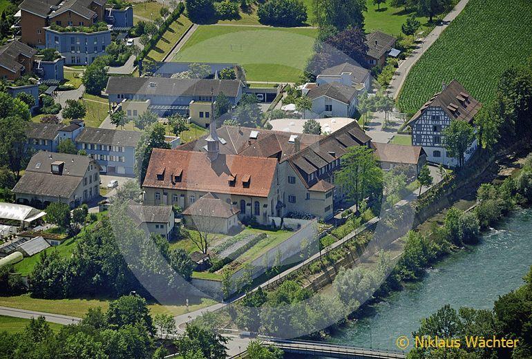Foto: Das Kloster Rathausen bei Luzern. (Luftaufnahme von Niklaus Wächter)