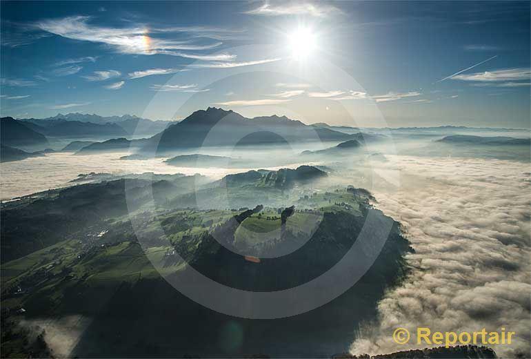 Foto: Nebelmeer in der Region Luzern mit dem Pilatus.. (Luftaufnahme von Niklaus Wächter)
