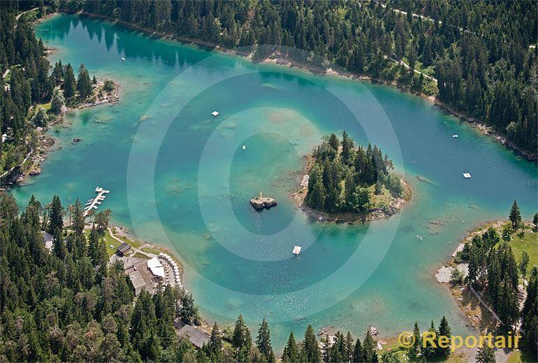 Foto: Der Caumasee bei Flims (GR).. (Luftaufnahme von Niklaus Wächter)