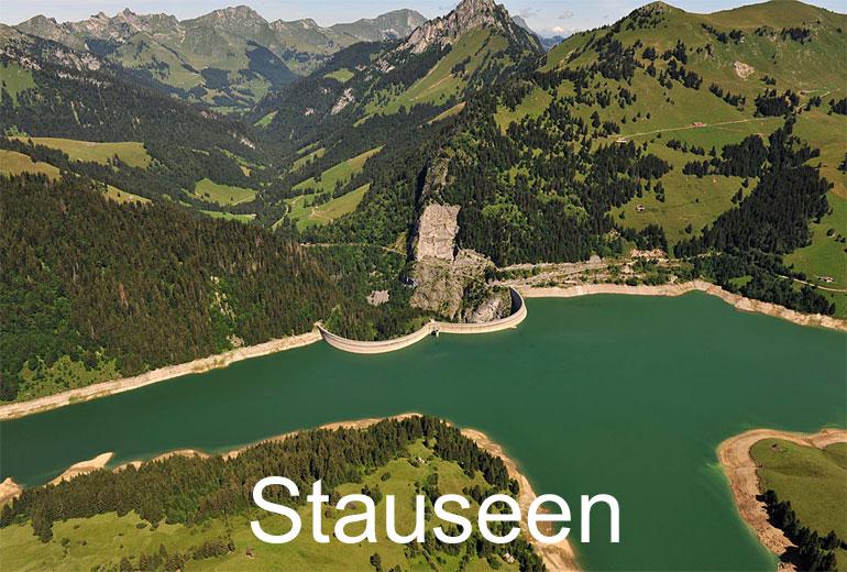 Foto: STAUSEEN. (Luftaufnahme von Niklaus Wächter)
