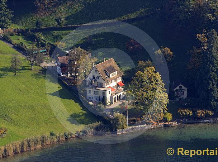 Foto: Herrschaftshaus am See. (Luftaufnahme von Niklaus Wächter)