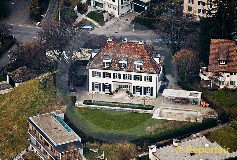 Foto: Herrschaftshaus in der Stadt.. (Luftaufnahme von Niklaus Wächter)