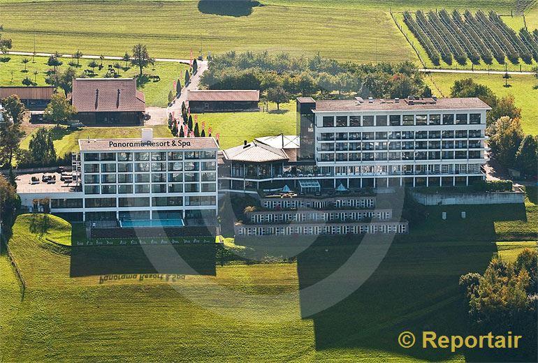Foto: Das Hotel Panorama in Feusisberg SZ.. (Luftaufnahme von Niklaus Wächter)