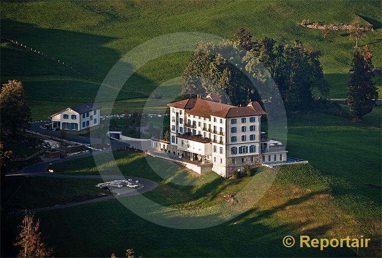 Foto: Das Hotel Honegg auf dem Bürgenstock NW.. (Luftaufnahme von Niklaus Wächter)