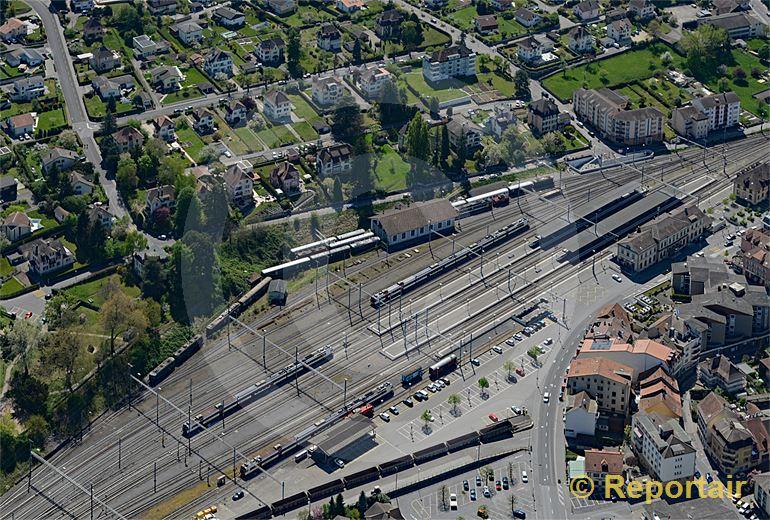 Foto: Der Bahnhof Payerne VD. (Luftaufnahme von Niklaus Wächter)