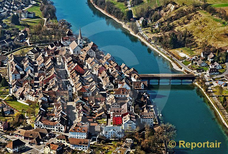 Foto: Klein aber fein und am Rhein - Diessenhofen TG. (Luftaufnahme von Niklaus Wächter)