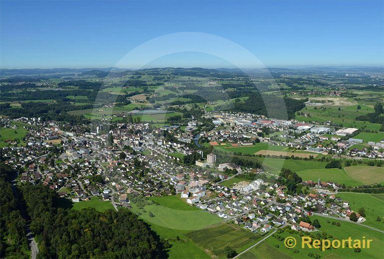 Foto: Bischofszell mit Sitterdorf im Hintergrund. (Luftaufnahme von Niklaus Wächter)