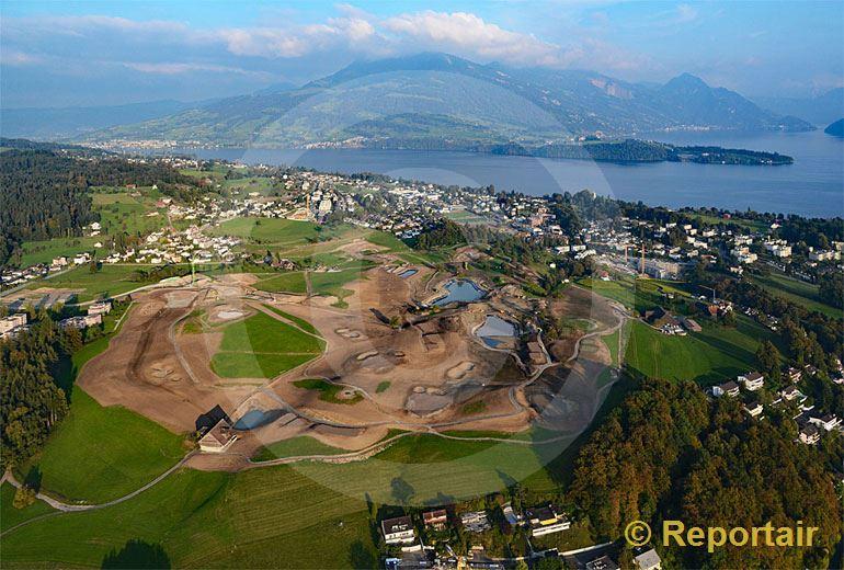 Foto: In Meggen LU wird ein Golfplatz gebaut. (Luftaufnahme von Niklaus Wächter)