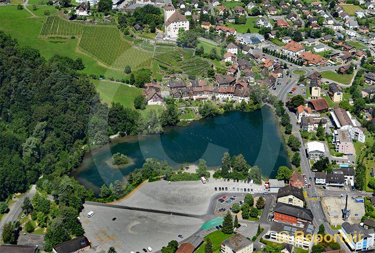 Foto: Das Schloss Werdenberg mit gleichnamigem See in Buchs SG. (Luftaufnahme von Niklaus Wächter)