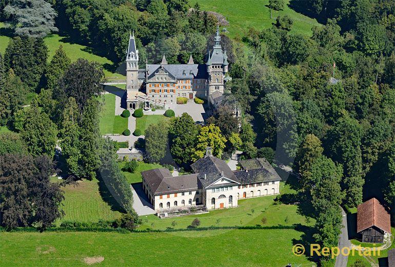 Foto: Das Schloss Castell in Tägerwilen TG. (Luftaufnahme von Niklaus Wächter)