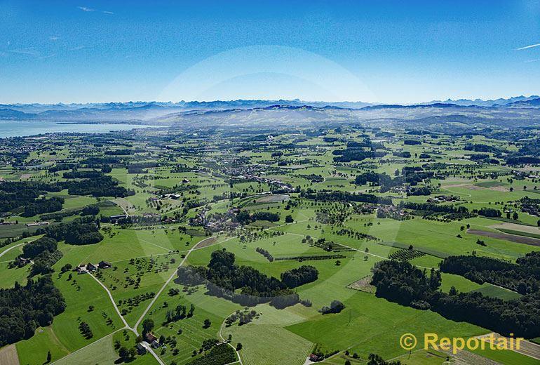Foto: Landschaft bei Amriswil TG. (Luftaufnahme von Niklaus Wächter)