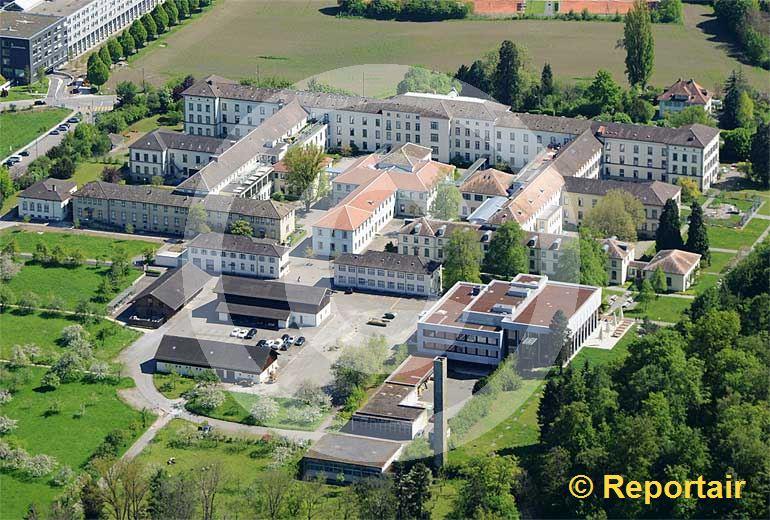 Foto: Die Psychiatrische Universitätsklinik Zürich ist unter dem Standortnamen Burghölzli bekannt. (Luftaufnahme von Niklaus Wächter)