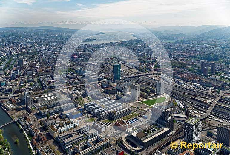 Foto: Das Escher Wyss-Quartier in Zürich ist heute die Industriezone. (Luftaufnahme von Niklaus Wächter)