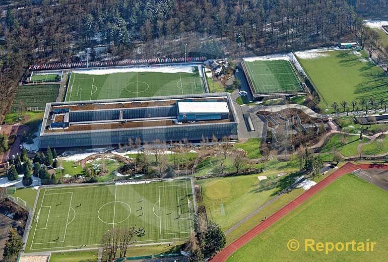 Foto: Der Fifa-Hauptsitz beim Zürichberg in Zürich. (Luftaufnahme von Niklaus Wächter)