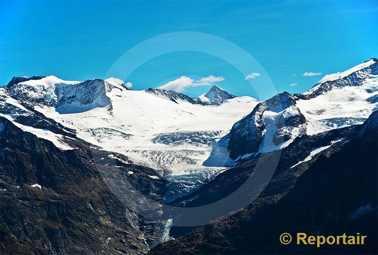 Foto: Der Triftgletscher im Berner Oberland. (Luftaufnahme von Niklaus Wächter)