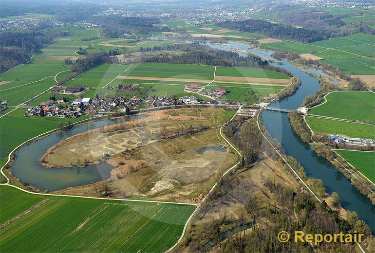 Foto: Die Stille Reuss bei Rottenschwil AG.. (Luftaufnahme von Niklaus Wächter)
