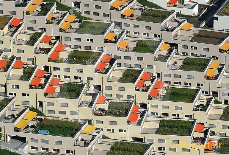 Foto: Terrassensiedlung bei Winterthur. (Luftaufnahme von Niklaus Wächter)