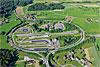 Foto 438: Das TCS - Verkehrssicherheitszentrum Betzholz bei Hinwil (ZH) ist das grösste Verkehrssicherheitszentrum der Schweiz und eines der modernsten Europas.