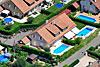 Foto 500: Doppeleinfamilienhaus in  Doppelhaussiedlung..