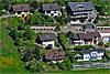 Foto 506: Häusergruppe  in  Einfamilienhaussiedlung..